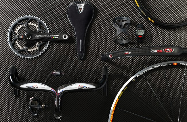 mountain bike accessories group on carbon underground product stills